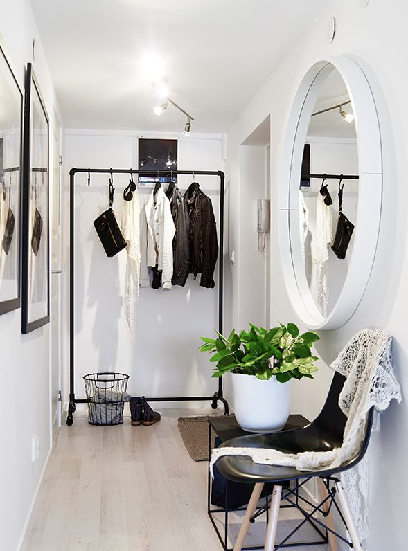 Small Space Living - Entry